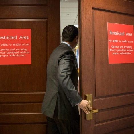 FISA FALLOUT: McCain Associate PLEADS THE FIFTH in 'Trump Dossier' Probe