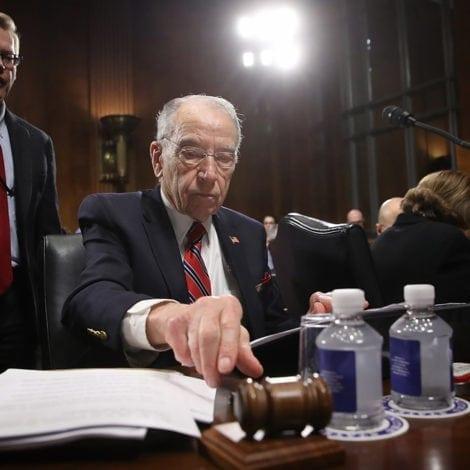 MUELLER MAYHEM: Senate Panel APPROVES Legislation to 'Protect Mueller'