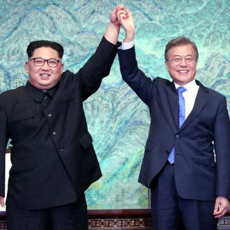 IT'S OVER: North and South Korea PLEDGE to END Korean War