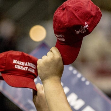 LIBERAL RAGE: Man THREATENED at KNIFEPOINT in NYC over 'Trump' Hat