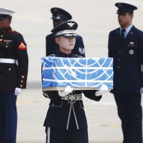 HEROES RETURN: Kim Returns Remains of 55 US Soldiers Killed in Korean War