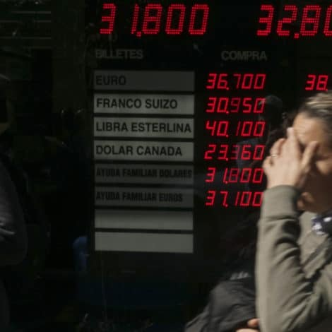ARGENTINA NEXT? Peso PLUNGES 45% as Currency Collapses