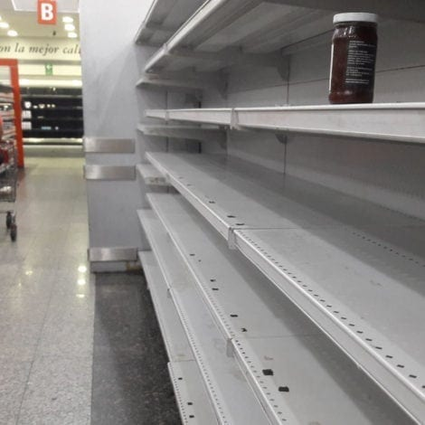 SOCIALIST PARADISE? Venezuela Running Out of Water, Electricity, Food