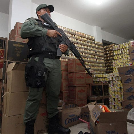 PARADISE LOST: Venezuela's Economy CRUMBLES, 1 Chicken Costs 1 MONTH'S SALARY