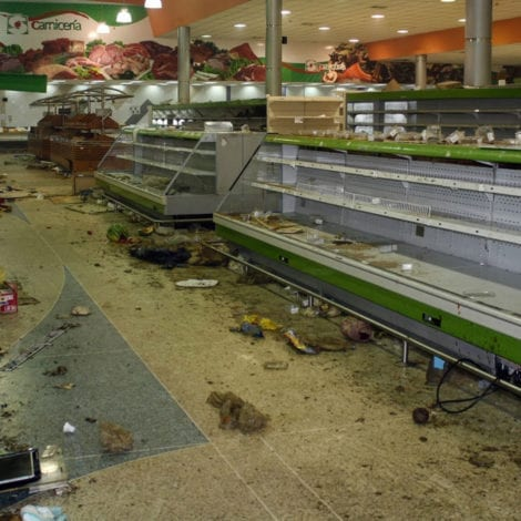 PARADISE LOST: Inflation Nears 1,000,000% in Venezuela, Eggs Cost 2 WEEKS PAY