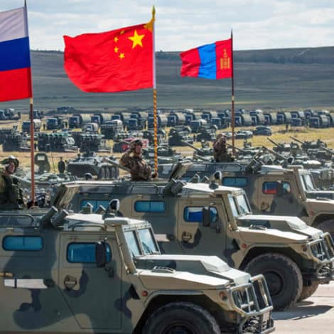 EASTERN ALLIANCE: Russia, China Conduct Moscow's LARGEST WAR GAMES in History