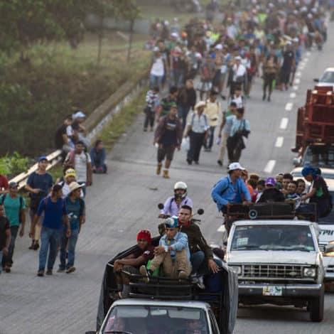 CARAVAN CRISIS: Thousands Abandon Caravan, Apply for Asylum in Mexico