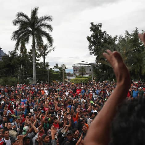 CARAVAN SOLUTION? US-Mexican Authorities 'Agree on Plan' to Stop Migrants at Border