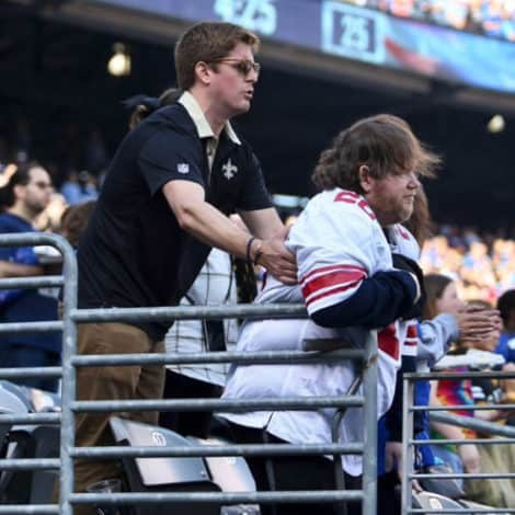 TRUE PATRIOTS: NFL Fan Helps Disabled Man STAND During National Anthem
