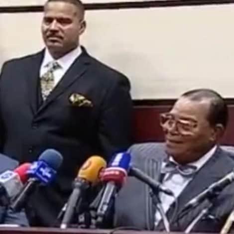 HATE SPEECH: Louis Farrakhan Chants 'Death to Israel, Death to USA' in Iran