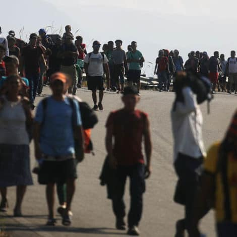 REPORT: 2,600+ Central American Migrants Arrive in Mexico City, Head Towards USA