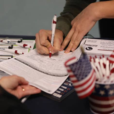 SWING STATE: Florida to Allow 1.4 MILLION Ex-Felons to Vote in Local, National Elections