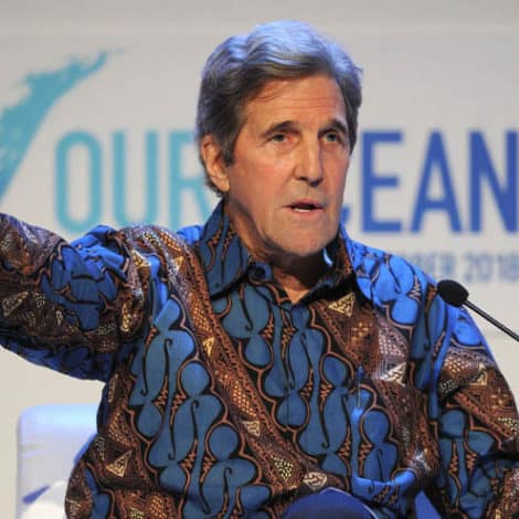 DEEP STATE DEPT: Kerry Says Trump Should Declare National Emergency… for CLIMATE CHANGE!