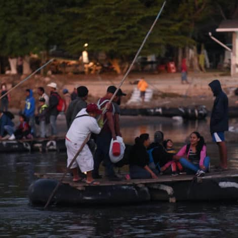 REPORT: Latest Caravan Crosses into Mexico 'Legally and Illegally,' Heads Towards US Border