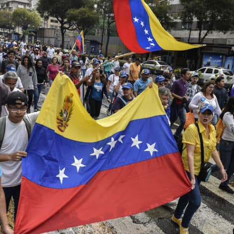 VENEZUELA UPRISING: Maduro 'On the Brink' as Demonstrators Take to the Streets