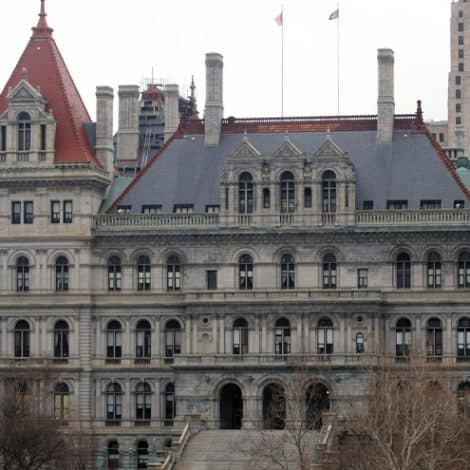 REPORT: NY Dems 'Block Bill' Expanding College Aid to 'Gold Star' Families, Approve $27M for Illegal Immigrant Students