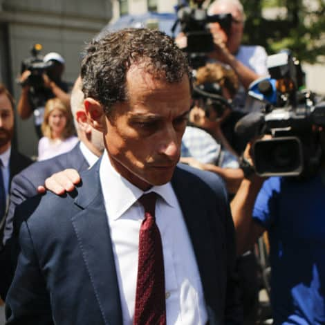 DEVELOPING: Court Orders Anthony Weiner to Register as a 'Sex Offender' After Prison Term