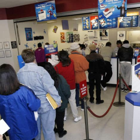 BERNIE: 'Every Post Office' in America Should Offer 'Banking Services' Including Loans