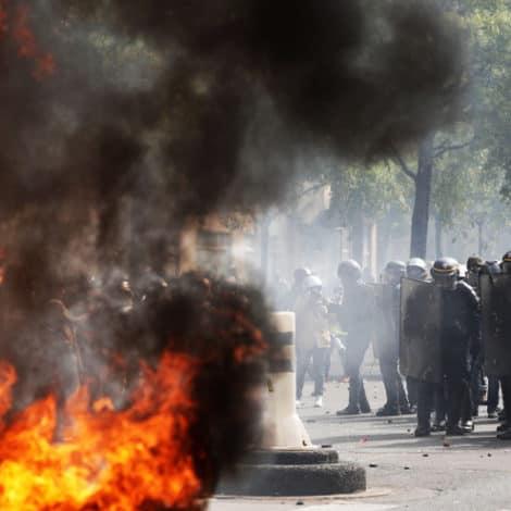 PARIS BURNING: 'Anti-Capitalist' Protesters RIOT in Paris, 165+ Arrests, City on 'Lockdown'