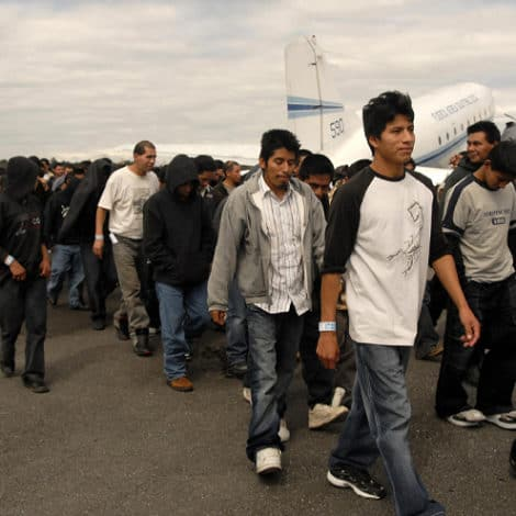 REPORT: Illegal Immigrants 'Allowed to Fly' Without Identification at El Paso Airport