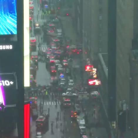 BREAKING NEWS: Helicopter Crash-Lands into Building in NYC's Times Square, Evacuations Underway
