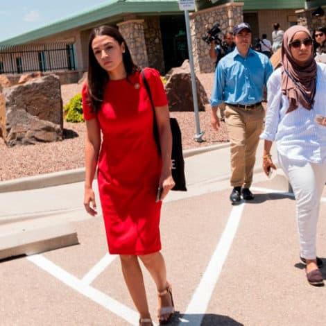 BORDER VISIT: Ocasio-Cortez Claims Border Agents 'Disrespectful' Towards Her Congressional Tour