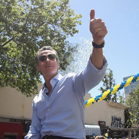 IT'S OFFICIAL: Gavin Newsom Signs Bill Giving FREE HEALTHCARE to All Illegal Immigrants 0-25 Years Old