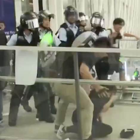 BREAKING NEWS NOW: Chinese Riot Police Storm Hong Kong International Airport