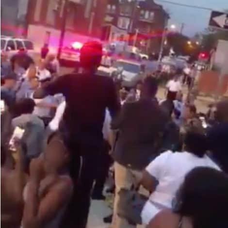 DISGUSTING DISPLAY: Crowd Harasses, Taunts Philadelphia Police During 8-Hour Long Shootout