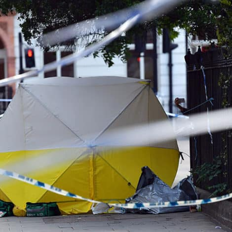 BLOODY BRITAIN: Man Shot to Death at Crime Scene of 'Deadly Stabbing' Minutes Earlier