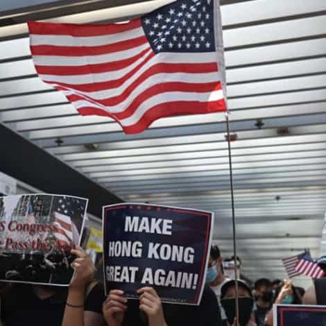 HONG KONG UPDATE: Demonstrators Defy Beijing, Wave US Flags, Demand Democracy