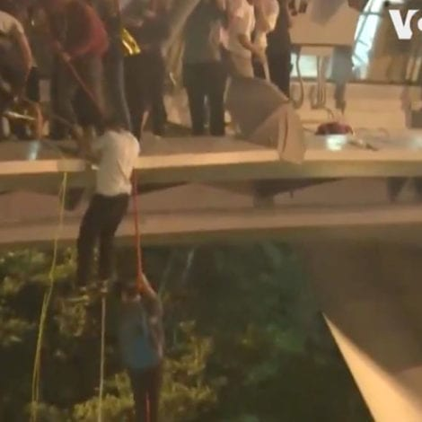Fight For Freedom: Trapped Hong Kong Students Escape Communist Crackdown by Rappelling from Bridge
