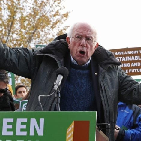DEAL DOWN UNDER? Bernie Says 'Green New Deal' Needed to Prevent… Australian Wildfires!
