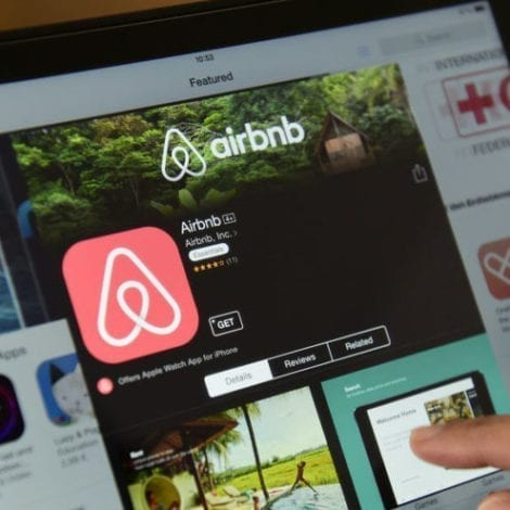 REPORT: AirBNB Gives $500K to 'Black Lives Matter,' NAACP After Firing 1,900 Workers During Pandemic