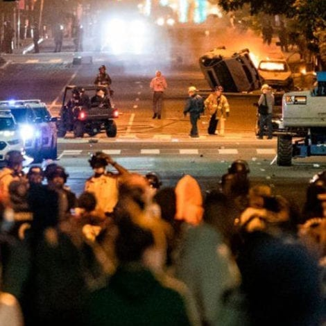 CAPITAL CURFEW: DC Mayor Announces 7PM Curfew After Night of Violence, Riots Outside White House