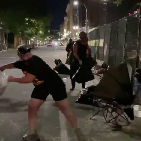 PORTLAND MAYHEM: Protesters Dump Bags of Garbage, Trash Over Fence Protecting Federal Property