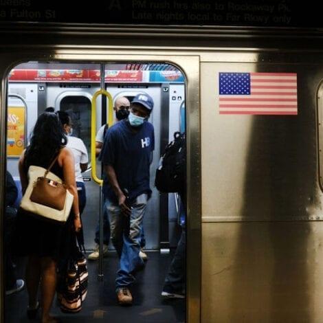 DE BLASIO'S NYC: Man 'Stabbed to Death' in Lower Manhattan Subway on Saturday Afternoon